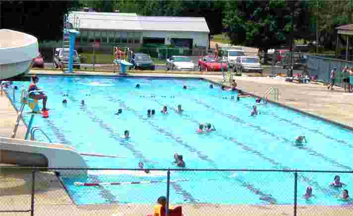 Closing Date Set For 2015 Huntingburg Municipal Swimming