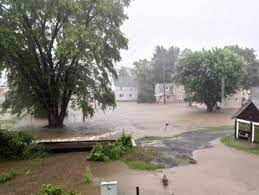 Over 8 1/2 inches of rain fall in an hour over the Dubois
